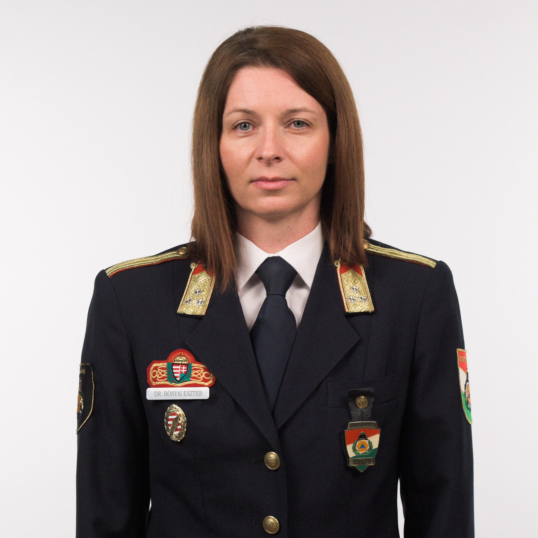 Dr. Bónyai Eszter