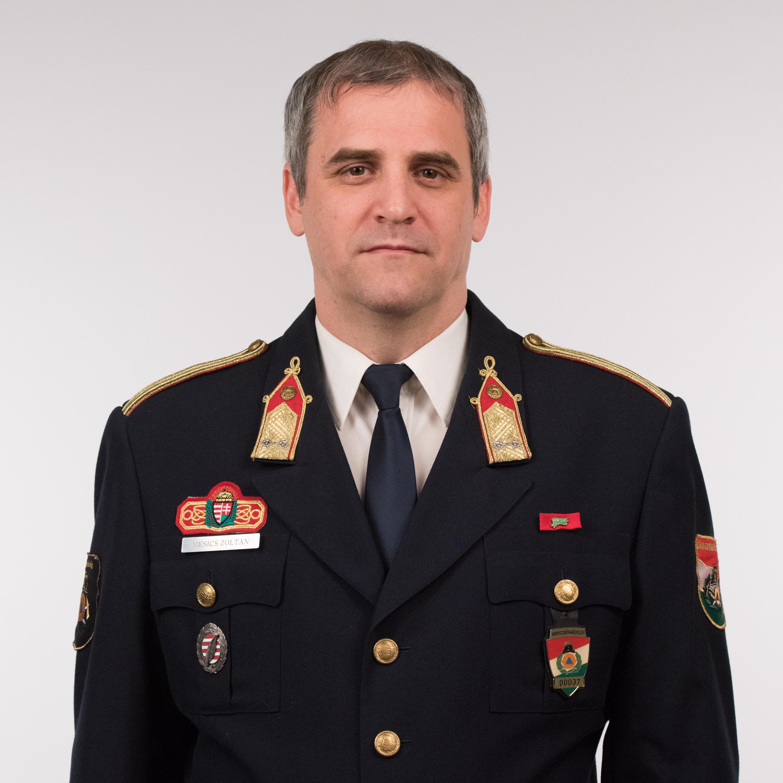 Dr. Mesics Zoltán